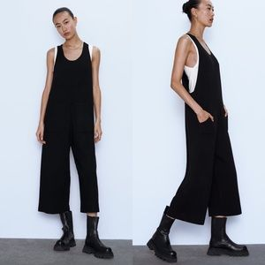 Zara Knit jumpsuit with pockets 🖤